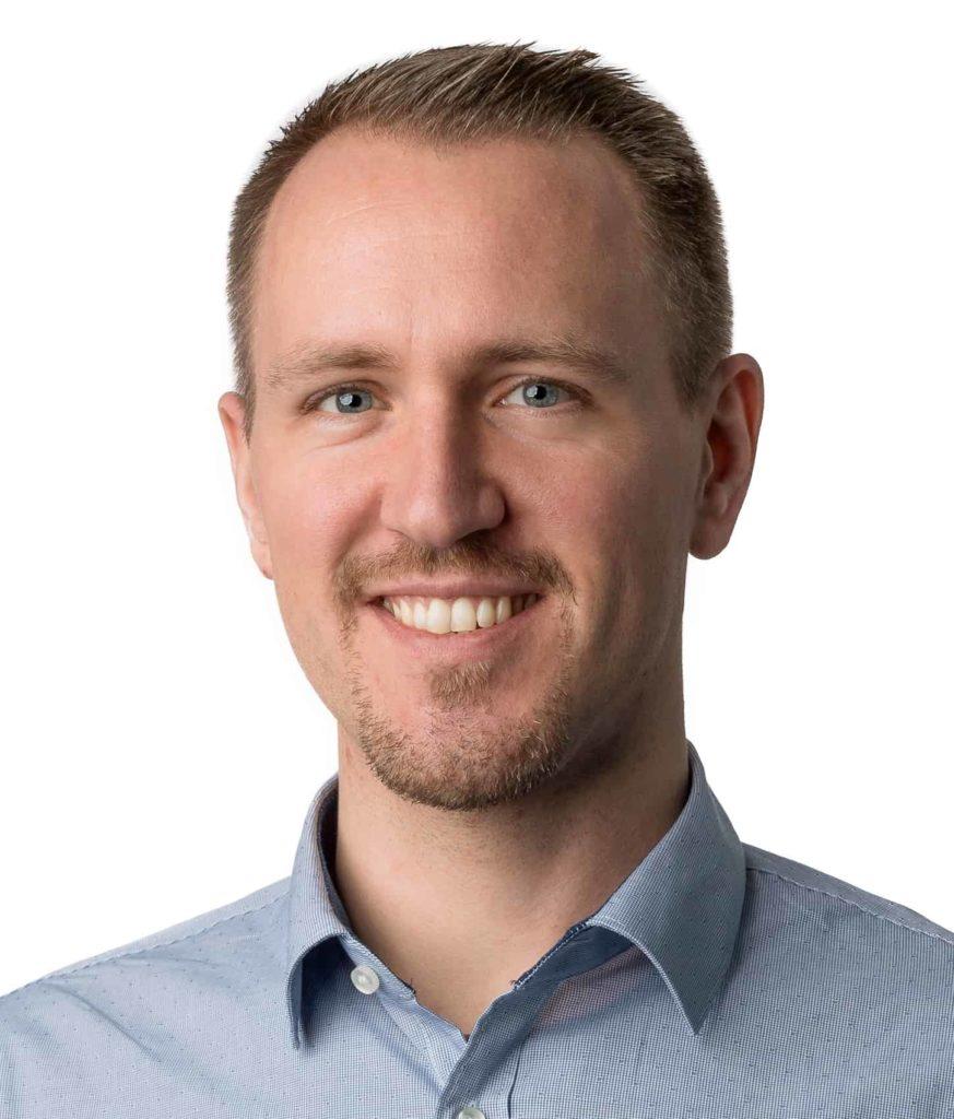 About - Stefan Scherzer